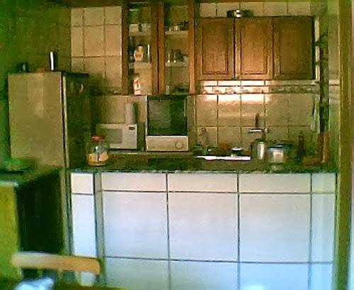 Transformar armário de cozinha em rack para sala