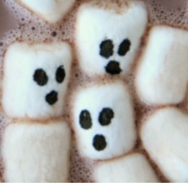 Ghost marshmallows in hot chocolate - halloween party food