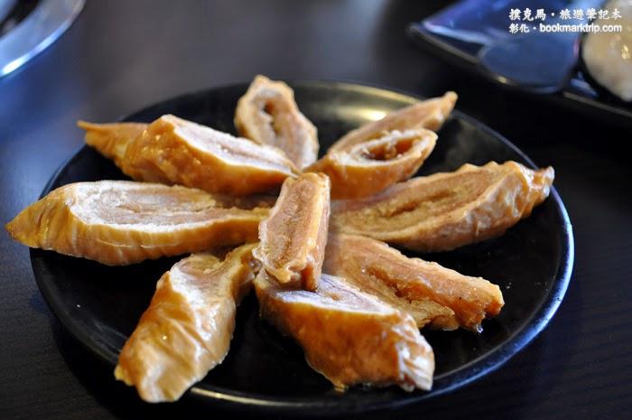 三國鼎立麻辣鍋 滷肥腸