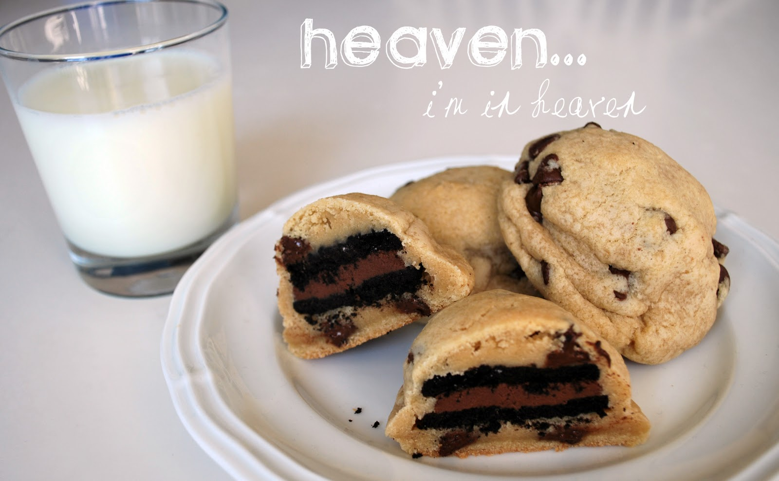 Larissa Another Day: Oreo Stuffed Chocolate Chip Cookies