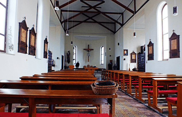 interior biserica romano catolica sighisoara
