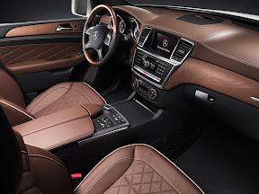 Mercedes-Benz-M-Class_2012_1600x1200_09