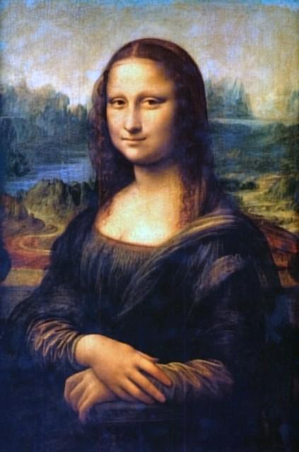 モナ・リザはおでこが出てるから、前髪作るだけで若くなるんですよね。