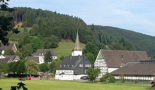 Lenne im Lennetal bei Schmallenberg