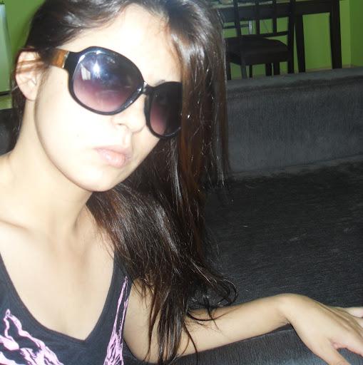 Adriana Lim Photo 12