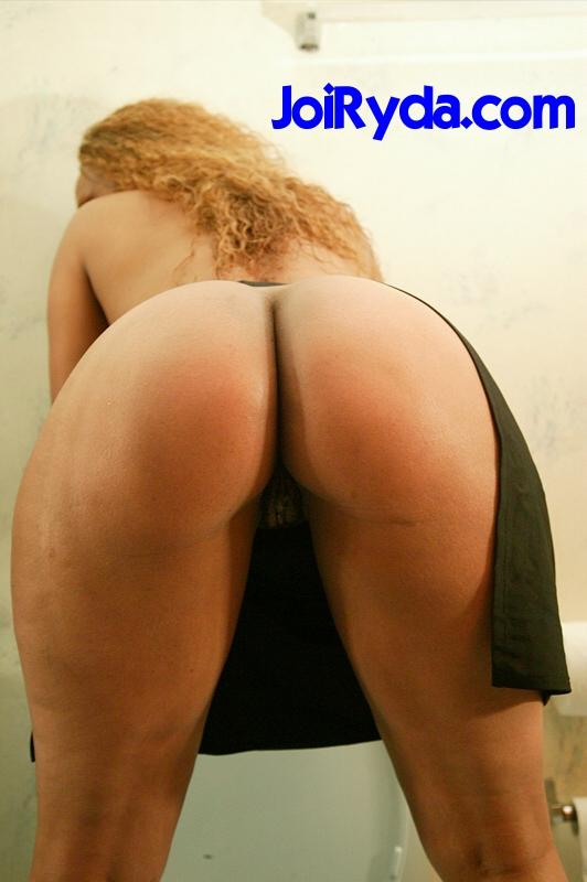 Sexy photo urmila-9604