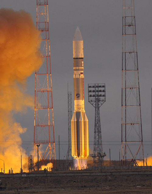 Lancement Proton-M / Intelsat-23 - 14 octobre 2012 Intelsat-23-Liftoff-gallery
