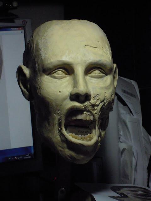 Buste échelle 1 zombie girl DSCN1555