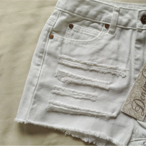 Sammi Jackson - Primark Distressed Denim Shorts