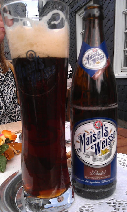 beer_by_nikkiiq-d4mr5ua.jpg
