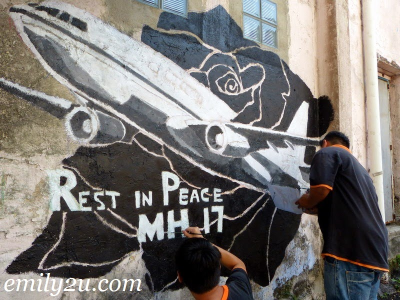 tribute to MH17