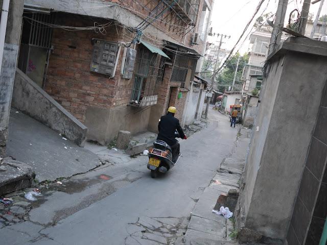 Alley in Jinhu Village (金湖村) in Zhangzhou