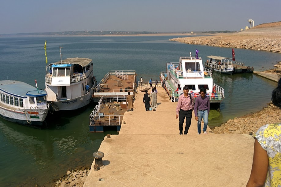 Docked ferries