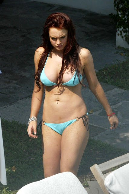 HOT ACTRESS LINDSAY LOHAN HACKED ACCOUNT VICTIM HOT SEXY BIKINI PICS PHOTOS