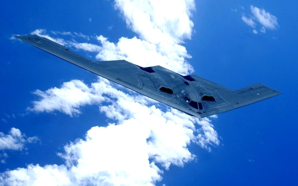 B-2 Spirit Bomber Aircraft wallpaper 1