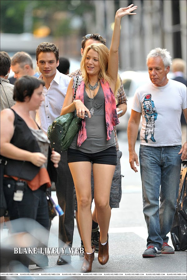 Blake Lively Leggy And Yummy  #gossip:gossip