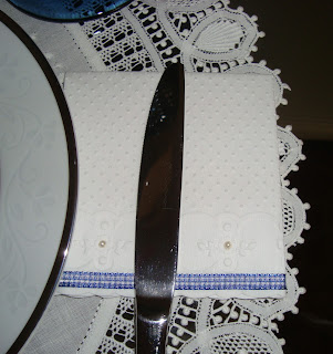 3 Arrumando a mesa...!