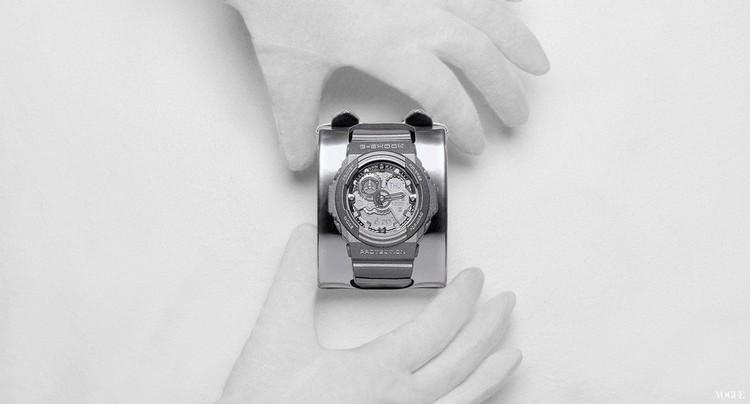 *Maison Martin Margiela x G-shock:GA-300聯名限量銀色液態金屬錶! 4