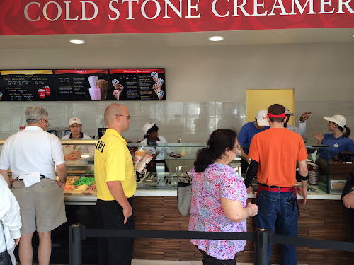 Universal Orlando CityWalk Cold Stone Creamery is open for business (photos by Seth Kubersky)