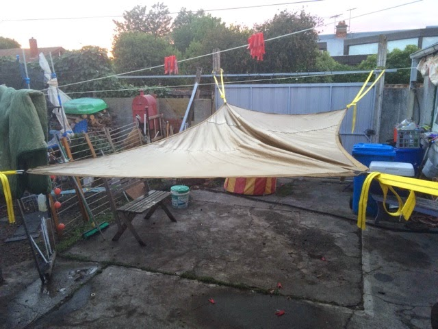 summer has arrived here in melbourne   don u0027t let the rain and storms fool you  and i have broken the hammocks out because in the afternoon and evenings     apocalypseequipped  review  hummingbird   mega hammock  rh   apocalypseequipped blogspot