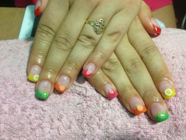 My Veg manualidades: Uñas con frutas y puntas de colores