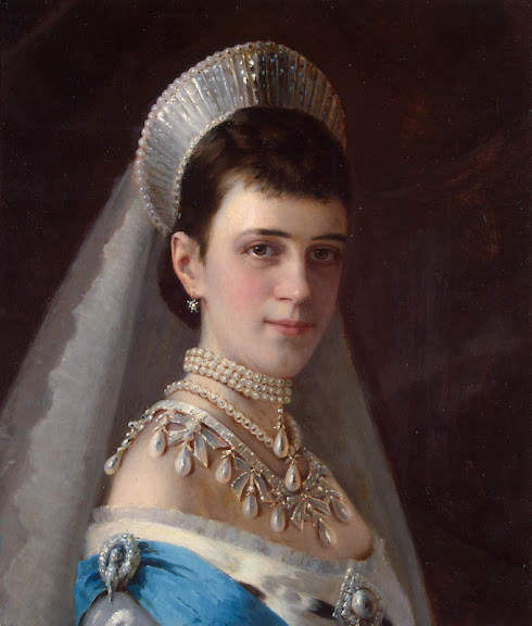 Ivan Kramskoy - Portrait of Empress Maria Fyodorovna in a Head-Dress Decorated with Pearls
