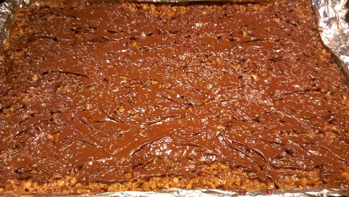 salted caramel pecan bars
