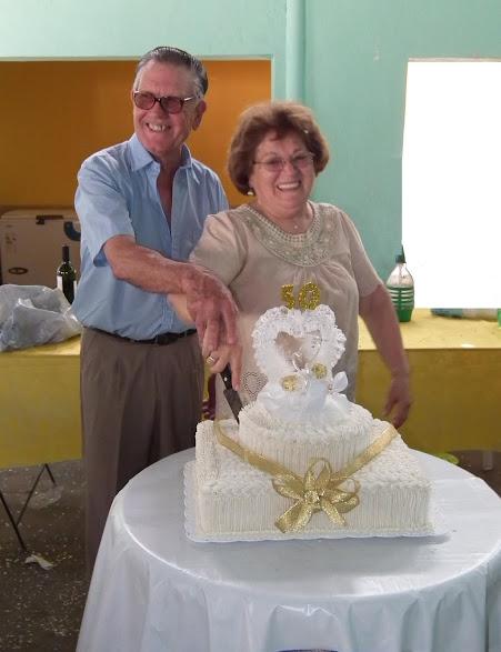 """Los 50 años de casados de """"El """"Titi"""" y """"La Chenta"""""""