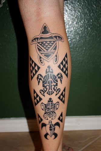 Aztec tattoo designs seek to portray the magnificent tribe of people from central Mexico, the Aztecs. They existed way back in the 12th century. They practiced architectural designs that have been the subject of many researches. If you want ancient artistry, identify with a culture and appreciate creativity, then choose Aztec tattoo designs. The uniqueness of their art makes Aztec designs to be easily identifiable as these designs are representative of their culture and practices. Thus, having any of Aztec designs is a thing of pride and honor.The ancient Aztec pyramid has become an infamous symbol of sun worship and child sacrifice. Nevertheless, sporting this tattoo may suggest power and prestige. Other design ideas include the sun, calendar, eagle, and Aztec gods, which maybe presented through a symbol. Upon choosing your Aztec symbol, decide on the size of your design. One must be prepared for a long tattooing session because Aztec art is very complicated. The more focus the tattoo master gives on the details the more beautiful the finished work will be. What could be surprising is when you have beautiful Aztec clothing while showing off your new Aztec tattoo. Uniqueness is the essence of possessing this ancient kind of tattoo. Consider it some kind of rare collection if you have an ancient Aztec design on any part of your body. Be prepared to talk about it by studying Aztec culture because for sure somebody could not avoid asking about your tattoo.