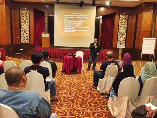 knowledge sharing email marketing Suhairi Shafie