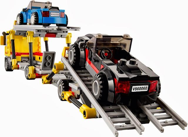 Tiến hành đưa xe con lên khoang chở hàng trong bộ Lego City 60060 Xe vận chuyển ô tô