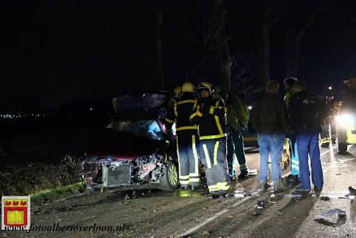 Automobilist gewond bij eenzijdig ongeval op de grens overloon venray 11-12-2012 (7).JPG