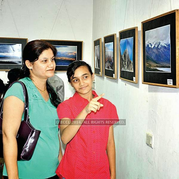 Pranali and Gautami at Ravindra Puntambekar's photography exhibition in Indore.