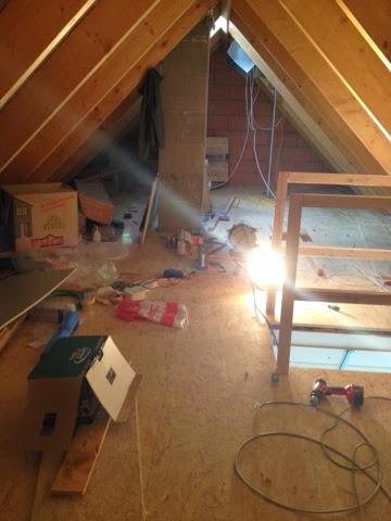 wir bauen unser h uschen mit heinz von heiden dachboden ist begehbar. Black Bedroom Furniture Sets. Home Design Ideas