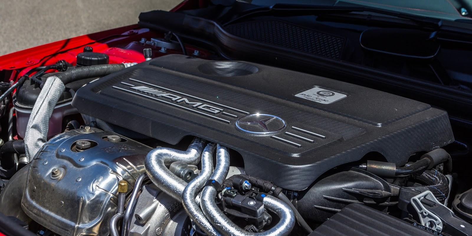 Động cơ của A45 AMG là động cơ cực mạnh và chẳng thua kém mấy những chiếc siêu xe
