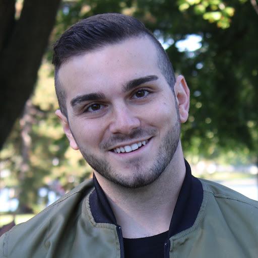 Michael Rizzi (Muchmoremikey)