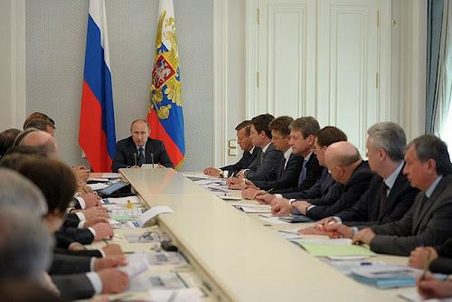 Rosja. Spotkanie prezydenta Putina z przedstawicielami branży CNG na Kremlu