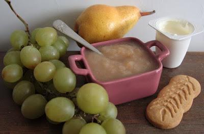 recette-bebe-gouter-compote-poire-raisin-yaourt-gateau