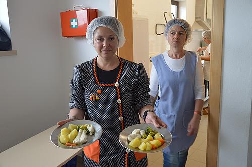 Junta de freguesia de Carvalhal Benfeito faz confeção diária de refeições frescas para os alunos