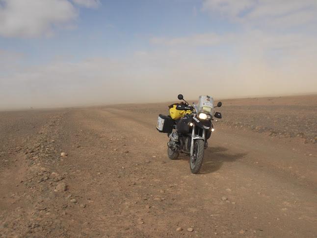 Marrocos e Mauritãnia a Queimar Pneu e Gasolina - Página 9 DSCF1076