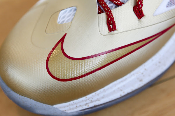 LeBron James Kicks Off New Season in Gold LEBRON X