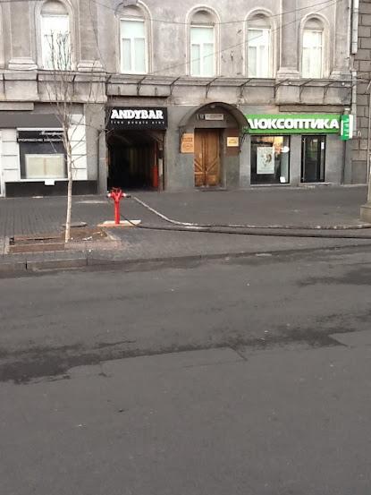 Гідрант, як у Голівуді - єдине американське запозичення, яке я бачив на Майдані