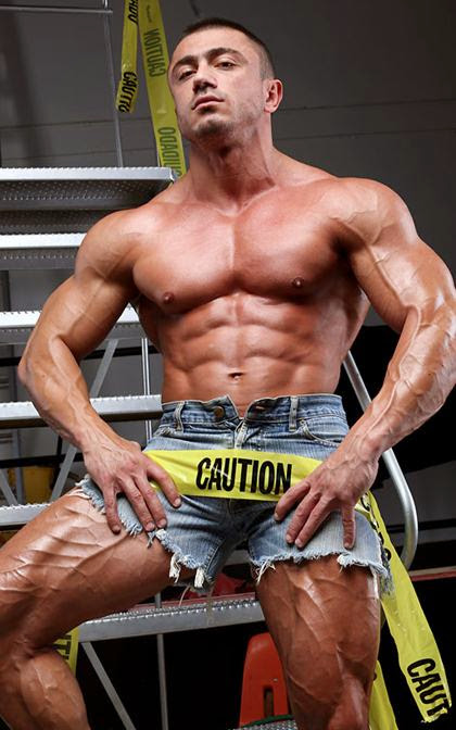 Laurent LeGros - MuscleHunks Non-Union Break Time