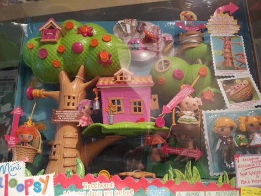 PUSETA: Tree House