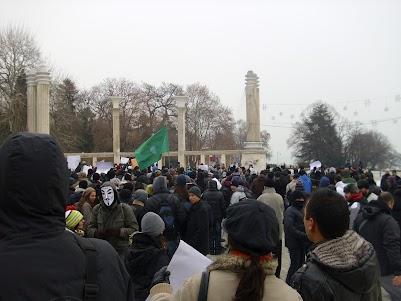 Снимки от протеста срещу ACTA във варна, 11 февруари 2012 година, пред входа на морската градина, Фестивален и конгресен център Варна