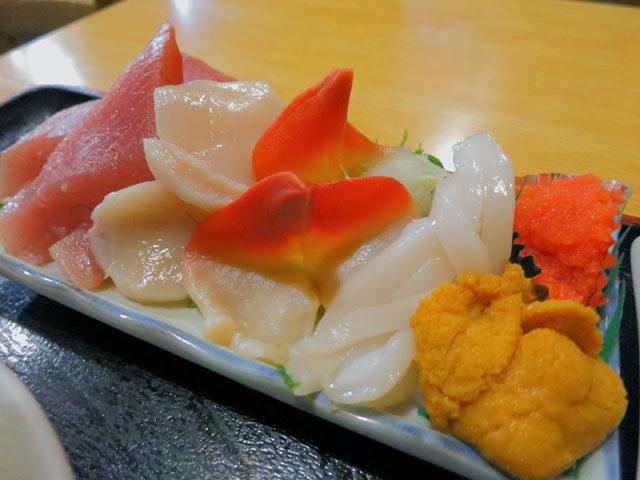 赤貝、いか、うに、明太子