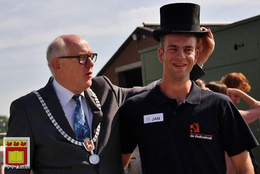 burgemeester opent rijhal de Hultenbroek in groeningen 01-09-2012 (3).JPG