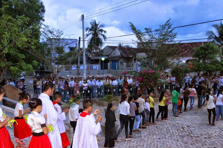 Khai Mạc Tháng Hoa Tại Giáo Xứ Bình Chính