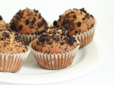 close-up photo of muffins on a plate