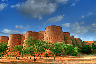 Pakistani desert with a famous fort
